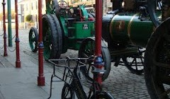Traction Engines on Parade